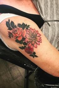 大臂欧美彩色花卉纹身图案