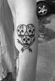 小臂简单粗线条骷髅头纹身图案