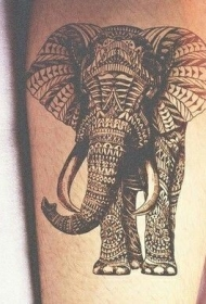 黑色色的图腾大象手臂纹身图案
