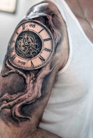 大臂3D黑白时钟和大树纹身图案