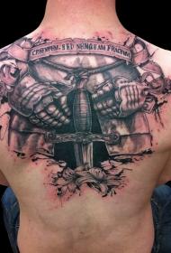 背部3D彩色的中世纪盔甲和剑上纹身图案