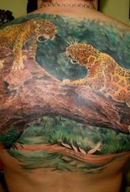 背部很酷的两头豹子和大树纹身图案