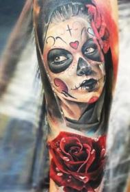 墨西哥式女性和3D玫瑰彩色手臂纹身图案