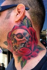 男性颈部3D彩色的玫瑰花和骷髅纹身图案