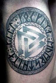 腿部3D彩色的古代符号纹身图案