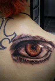 3D逼真的大眼睛背部纹身图案