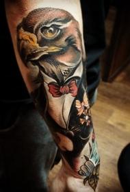 彩色插画风格绅士老鹰和花朵手臂纹身图案