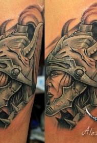 卡通风格的彩色幻想战士手臂纹身图案