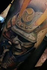 写实风格的彩色武士服手臂纹身图案