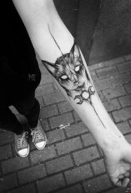 小臂钢笔画风格纹身猫图案