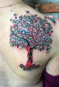 背部彩色幻想树与星星和月亮纹身图案