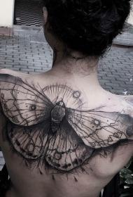 背部神奇的黑色大蝴蝶纹身图案