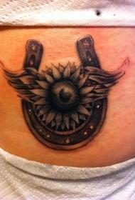 美丽的马蹄铁花朵腹部纹身图案
