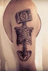 大臂超现实主义风格电视机骨架纹身图案