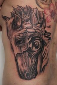 背部超现实的黑色马头纹身图案