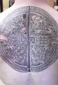 背部很酷的凯尔特结纹身图案