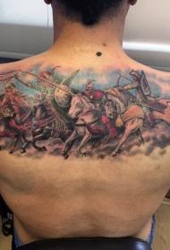 背部丰富多彩的中世纪战士纹身图案