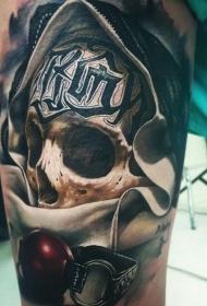 大腿写实的彩绘骷髅字母纹身图案