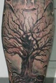 小腿好看的树纹身图案