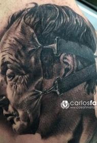 令人难以置信的黑色皮肤面具纹身图案