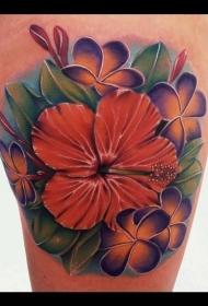大腿美丽的彩色花朵叶子纹身图案