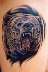 写实的黑色咆哮熊纹身图案