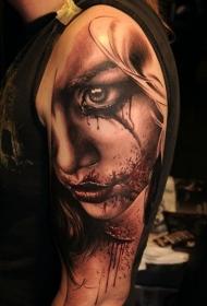 恐怖风格手臂血腥女人肖像纹身图案