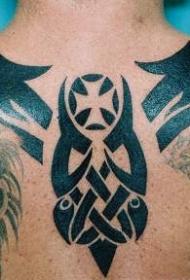 背部黑色的部落符号纹身图案