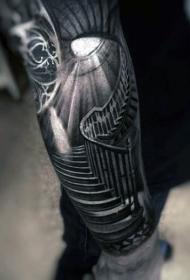 令人毛骨悚然的逼真黑白楼梯手臂纹身图案