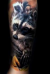 彩色可爱的浣熊叶色纹身图案