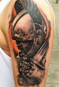 大臂战士肖像和剑纹身图案