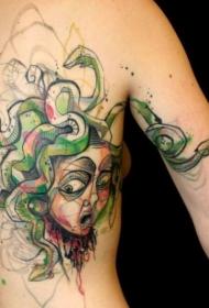 背部new school彩色美杜莎头像纹身图案
