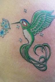 漂亮的风铃草和绿色蜂鸟纹身图案