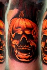 手臂华丽的彩绘彩色骷髅南瓜结合纹身图案