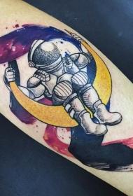 手臂old school彩色的月球宇航员纹身图案