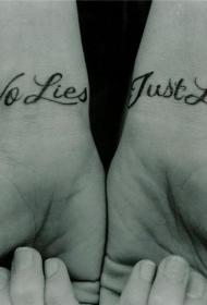 手腕表达爱的纹身字母黑色纹身图案