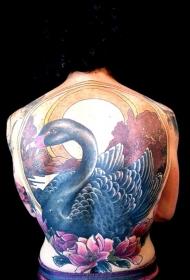 背部大型精彩的彩绘天鹅阳光和花朵纹身图案