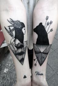 手臂old school黑白印度女性与黑熊纹身图案