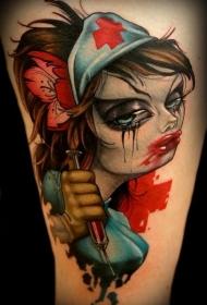 大腿彩色的可怕性感护士纹身图案