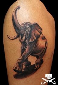 可爱的彩色行走卡通大象纹身图案