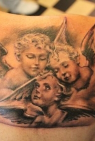 肩部三个天使纹身图案