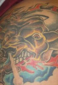 戴牛鼻环的公牛彩绘纹身图案