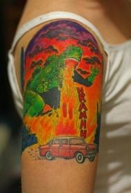 大臂彩色卡通哥斯拉和汽车纹身图案