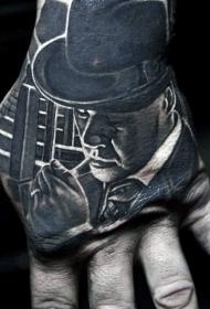 手背黑色吸烟黑手党男子华丽纹身图案