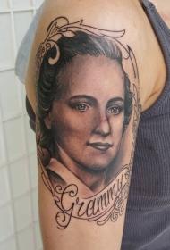 女生手臂黑灰女人肖像纹身图案