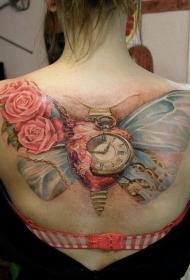 蝴蝶翅膀与玫瑰和心脏时钟纹身图案