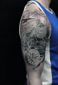 大臂黑灰火车头钟表和地图纹身图案