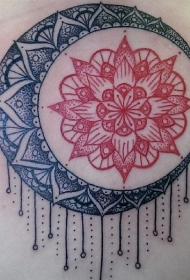 可爱的黑色和红色太阳月亮梵花纹身图案