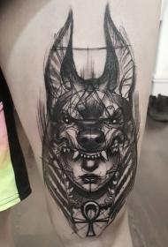 大腿素描风格黑色女人与狼头盔纹身图案
