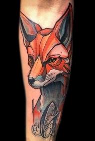 小臂彩色狐狸头像与黑色字母纹身图案